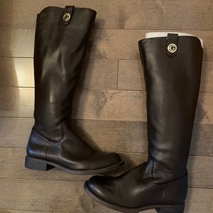 Authentic guess boot size 35,5